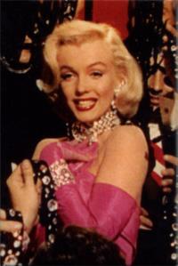 Gentlemen prefer blonds_Marilyn diamonds 70 200X300